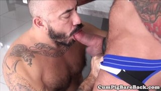 Hairy Tattooed muscle Fuck
