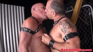 Twinks try out SM games in leather