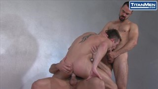 Muscle daddy homemade creampie
