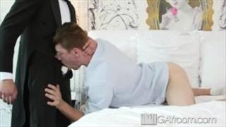 GayRoom – FX Rios Pounds Logan Taylors Bubble Butt